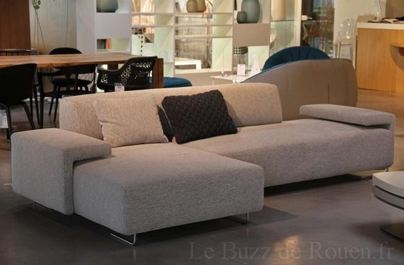canape lowland moroso le buzz de rouen. Black Bedroom Furniture Sets. Home Design Ideas