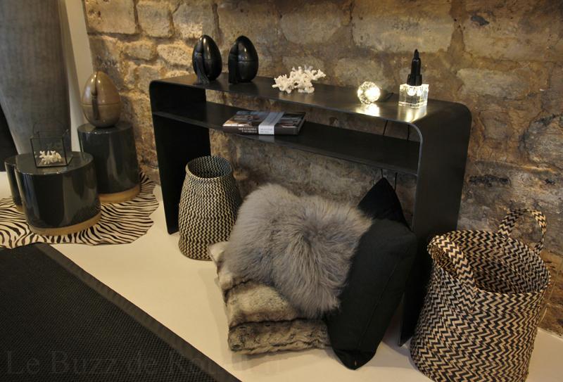 best deco sur console contemporary. Black Bedroom Furniture Sets. Home Design Ideas