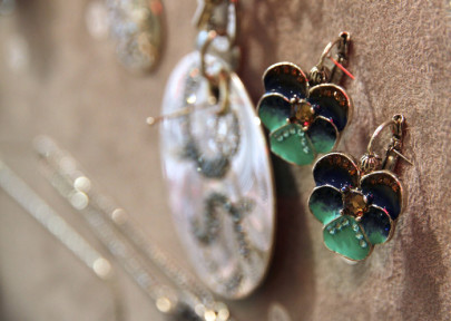 Les bijoux PE 2014, Isis