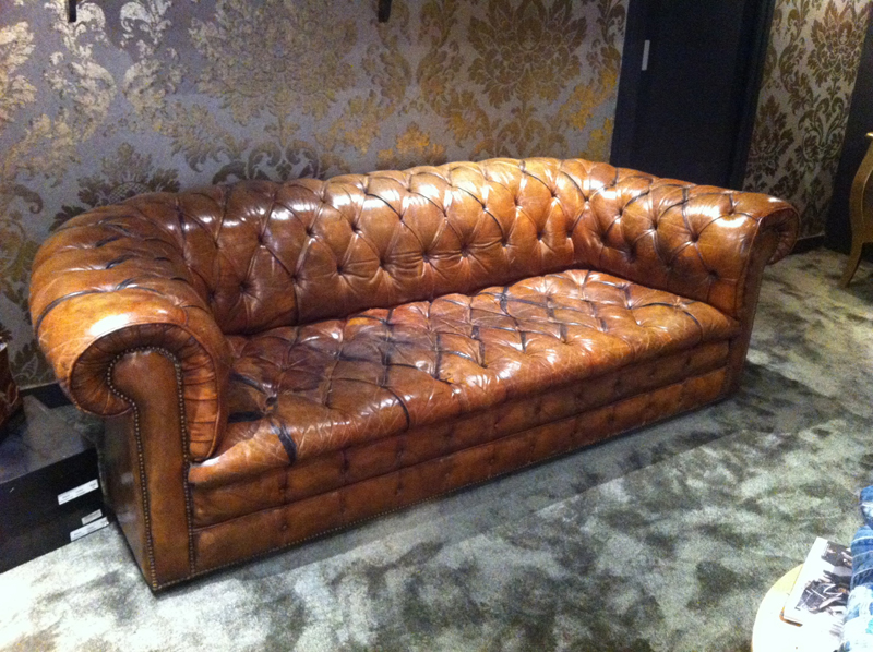 Canape chesterfield occasion le buzz de rouen - Chesterfield convertible occasion ...