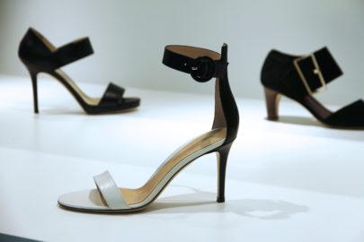 Deux Bijoux de souliers Gianvito Rossi