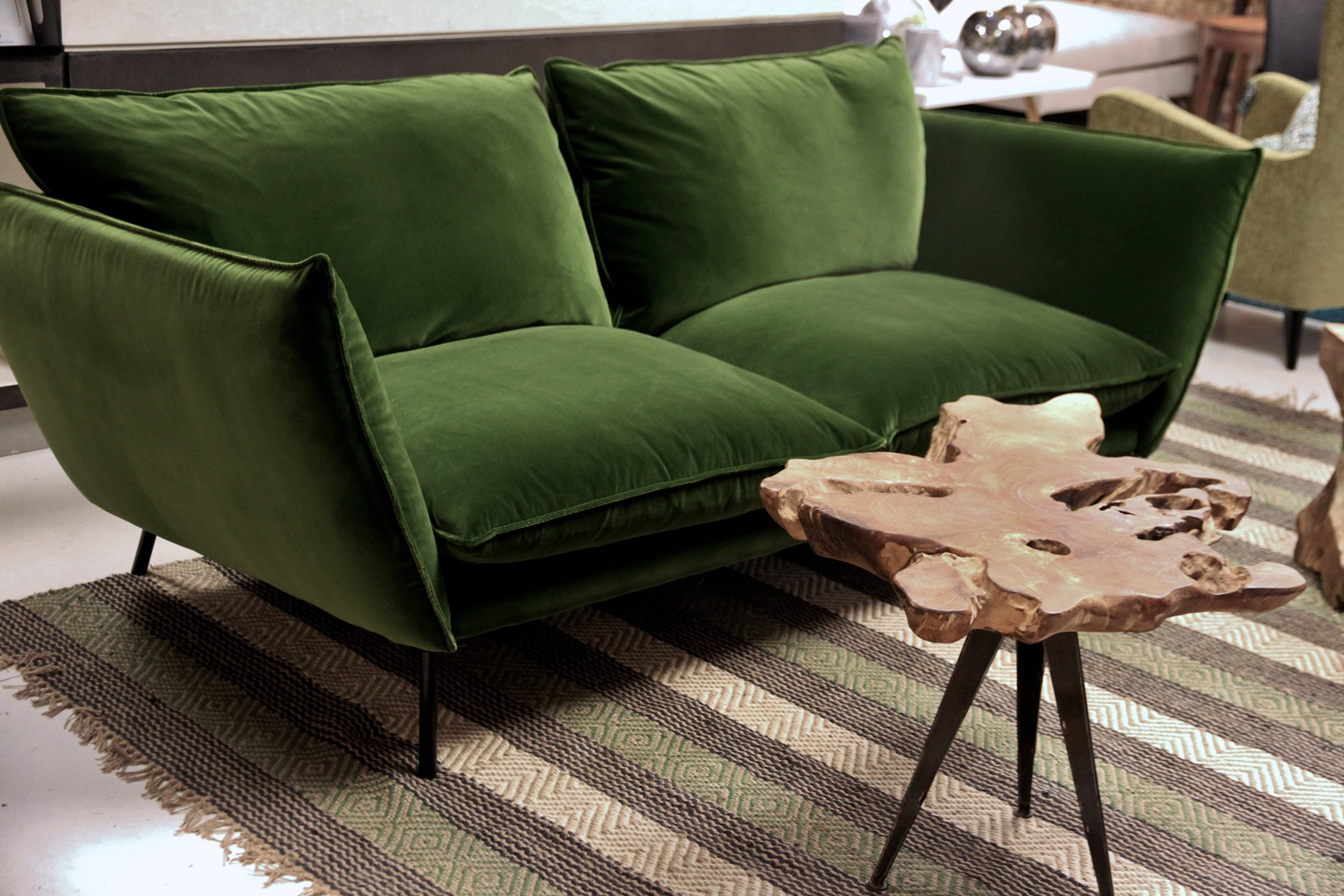 D co de novembre chez moa interieur le buzz de rouen for Canape velours vert