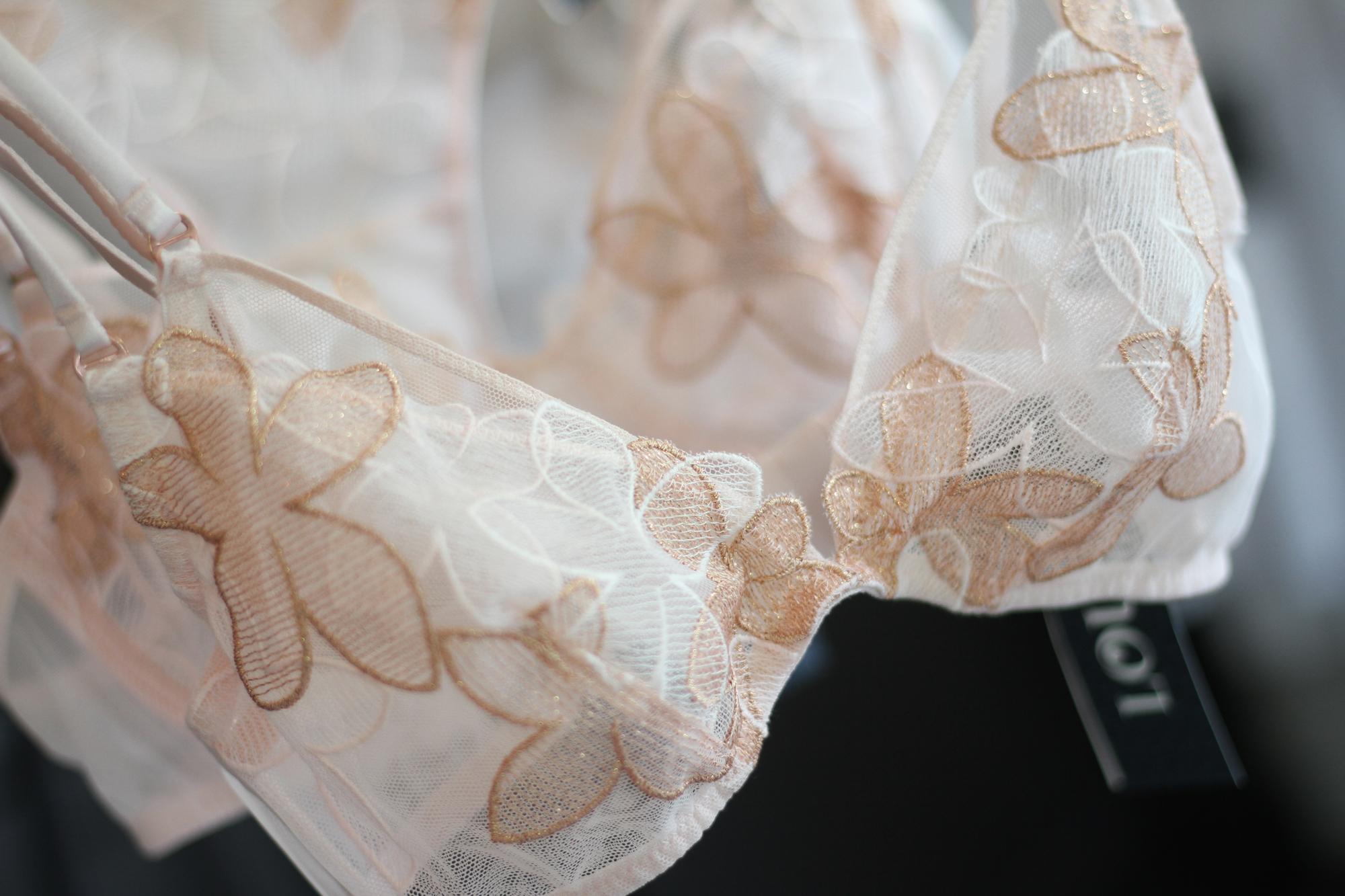 lingerie-lou-2018