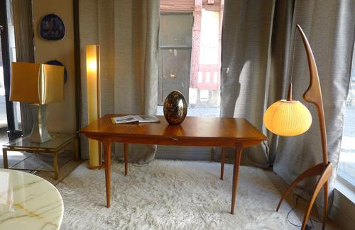 Luminaire Rispal & Table scandinave chez Luce