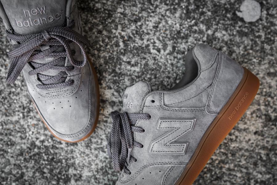La New Balance Grey